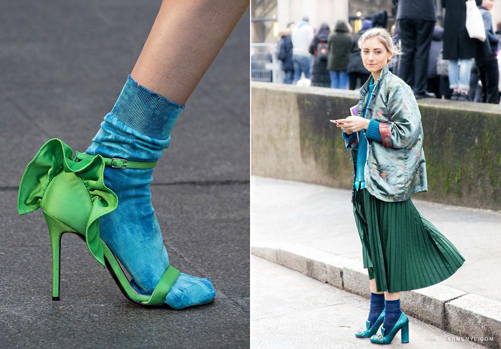 Izgalmas színblokkok része lehet a feltűnő zokni.
