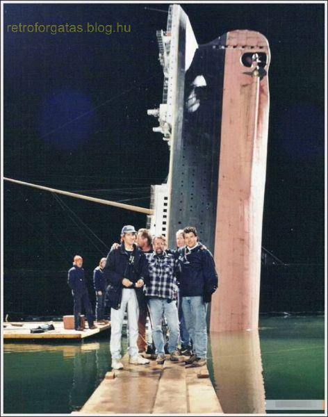 a_behindthescenes_look_at_the_making_of_titanic_640_04.jpg