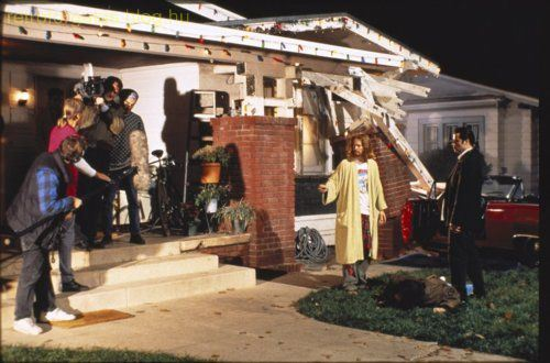 celebrate-pulp-fictions-20th-anniversary-with-20-cool-behind-the-scenes-pics-image-15.jpg