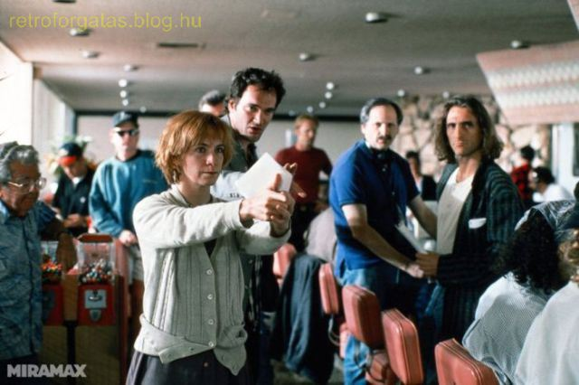 celebrate-pulp-fictions-20th-anniversary-with-20-cool-behind-the-scenes-pics-image-19.jpg