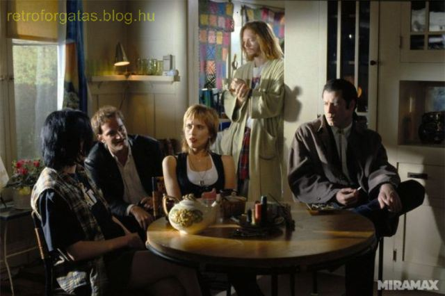 celebrate-pulp-fictions-20th-anniversary-with-20-cool-behind-the-scenes-pics-image-20.jpg