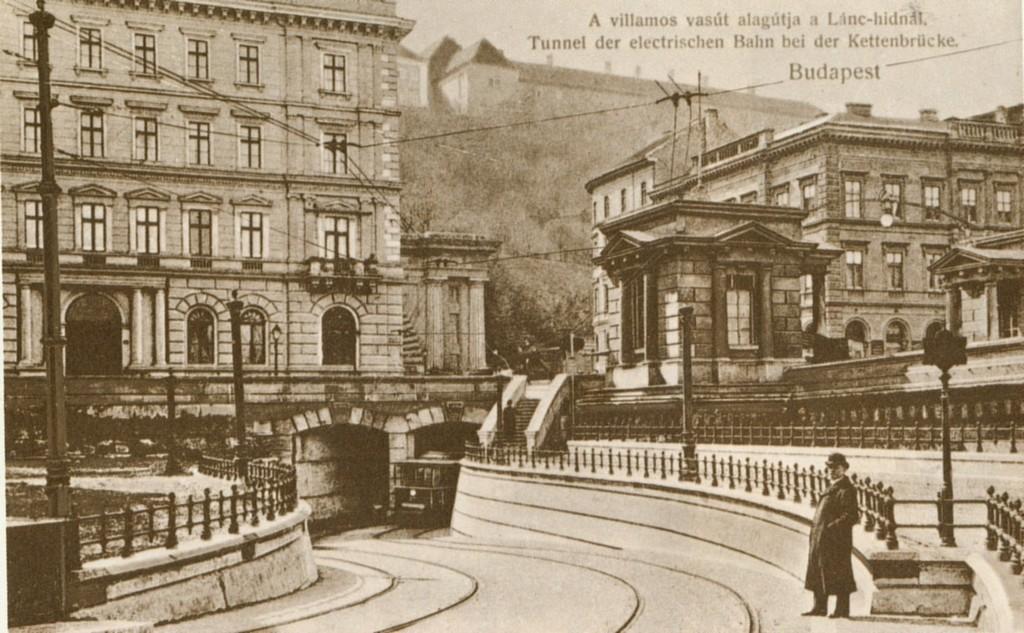 budapest-i-kerulet-villamosalagut-a-lanchid-alatt-.jpg