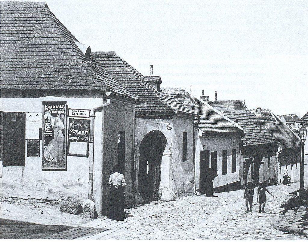 hadnagy-utca-a-tabc3a1nban-1910-k.jpg