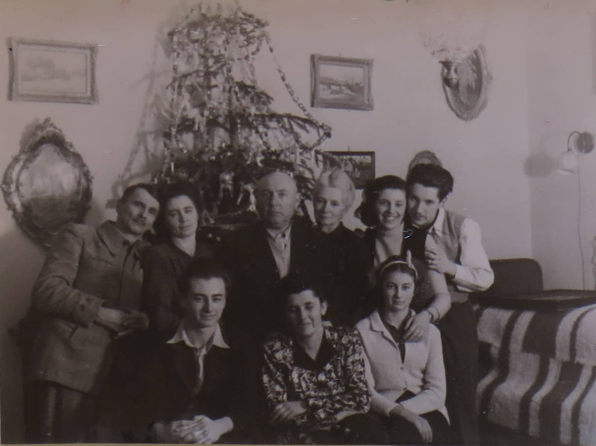 1948a_1.jpg