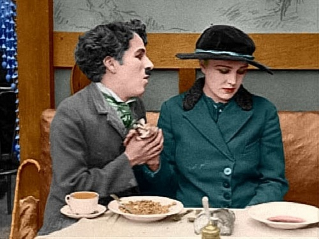 interesting_colorized_photos_of_charlie_chaplin_in_the_1910s-30s_2813_29.jpg