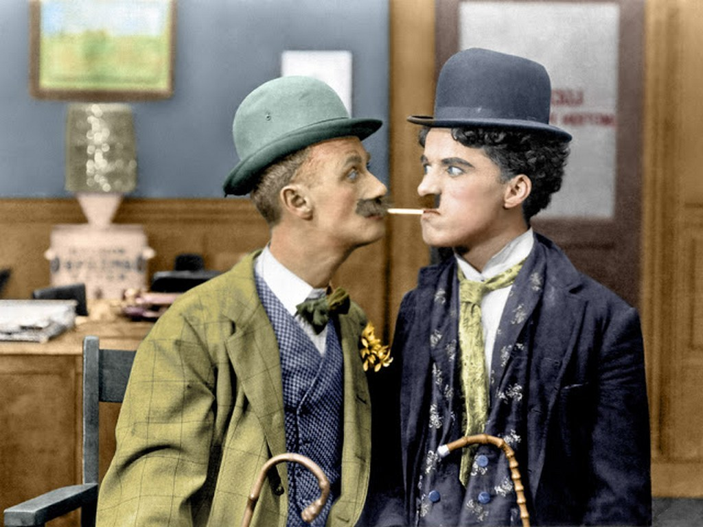 interesting_colorized_photos_of_charlie_chaplin_in_the_1910s-30s_284_29.jpg
