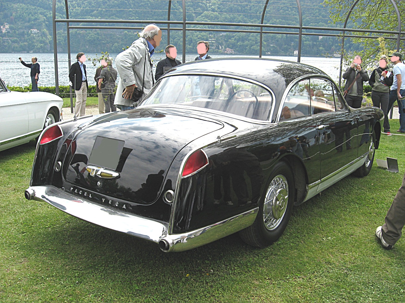 facel-vega_fv_rear-view.jpg