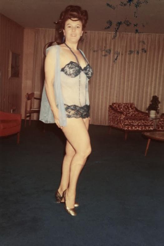 1960s_big_hair_2811_29.jpg