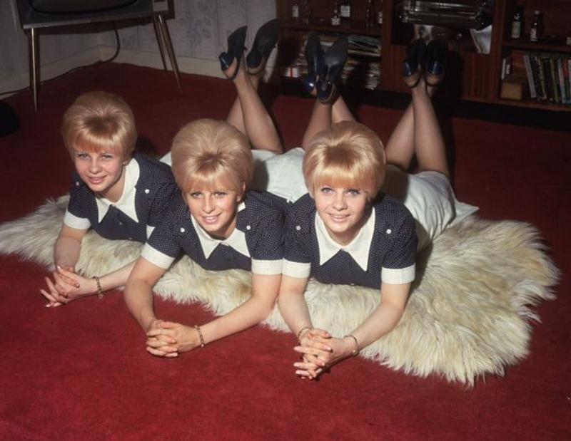 1960s_big_hair_2812_29.jpg