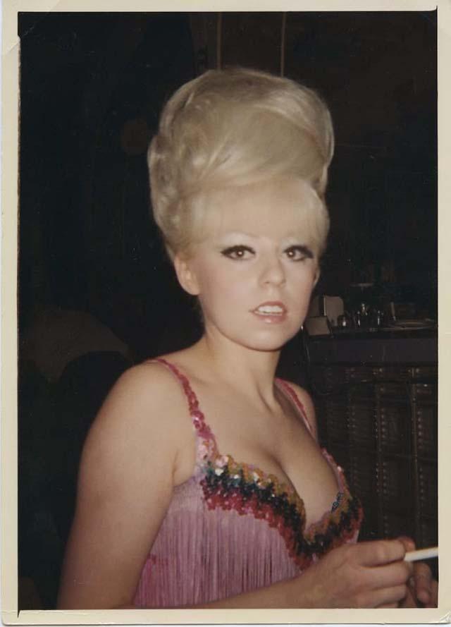 1960s_big_hair_2825_29.jpg