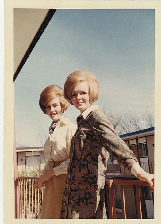 1960s_big_hair_287_29.jpg