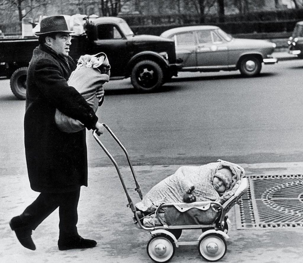1960_viktor_ahlomov.jpg