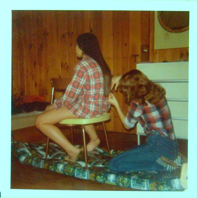 polaroid_prints_of_teen_girls_in_the_1970s_2816_29.jpg