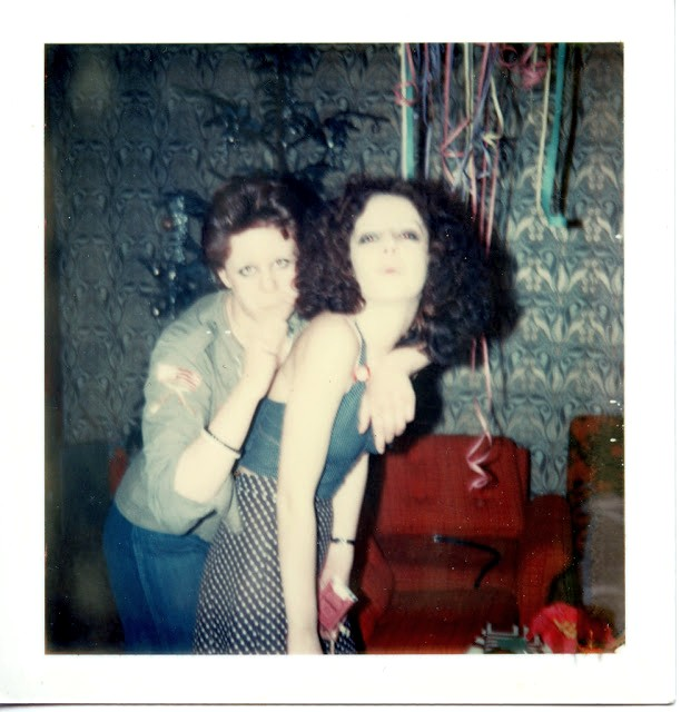 polaroid_prints_of_teen_girls_in_the_1970s_2818_29.jpg