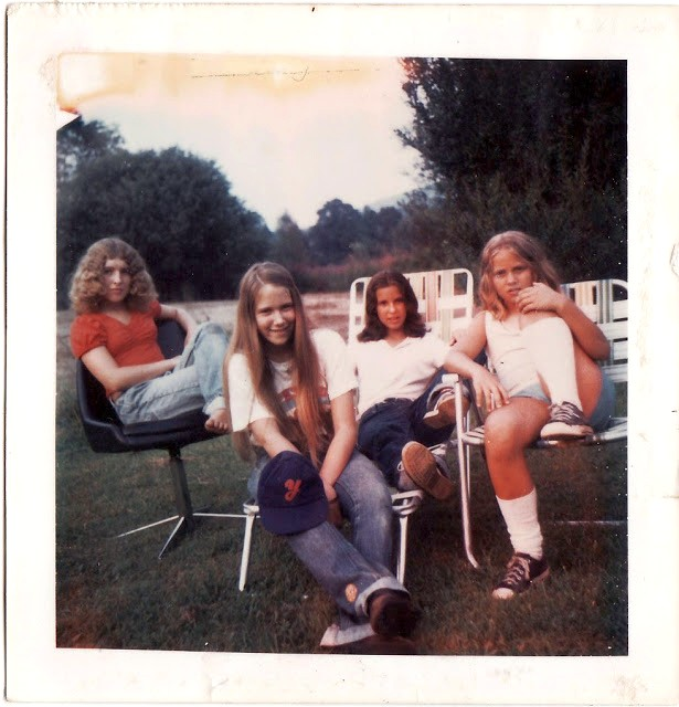 polaroid_prints_of_teen_girls_in_the_1970s_2820_29.jpg