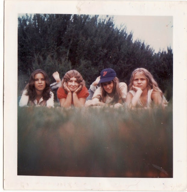 polaroid_prints_of_teen_girls_in_the_1970s_2821_29.jpg