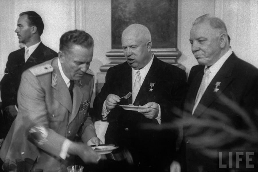 1956_yugoslav_leader_marshal_tito_russian_leader_nikita_khrushchev_and_kliemnt_voroshilov_moscow.jpg