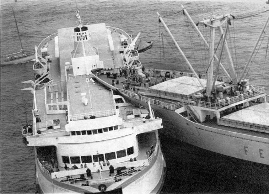 1970_augusztus_3_egy_kanadai_komp_a_queen_of_victoria_es_a_szovjet_szallitohajo_a_szergej_jeszenyin_balesete.jpg