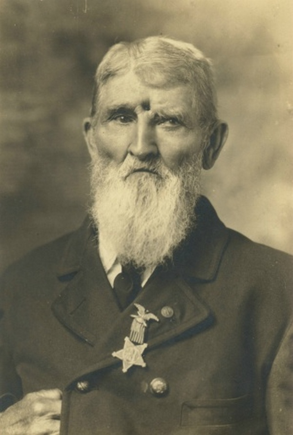 1911_civil_war_veteran_jacob_miller_was_shot_in_the_forehead_on_sept_19th_1863_at_brock_field_at_chickamauga.jpg