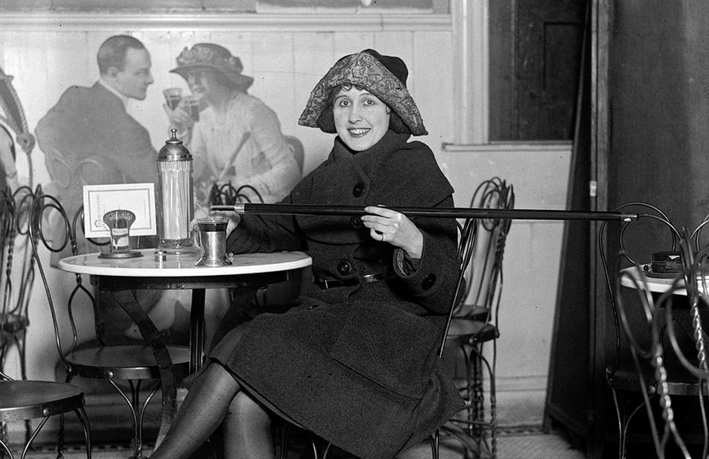 1922_furfangos_setabot_az_alkoholtilalom_idejen_az_egyesult_allamokban.jpg