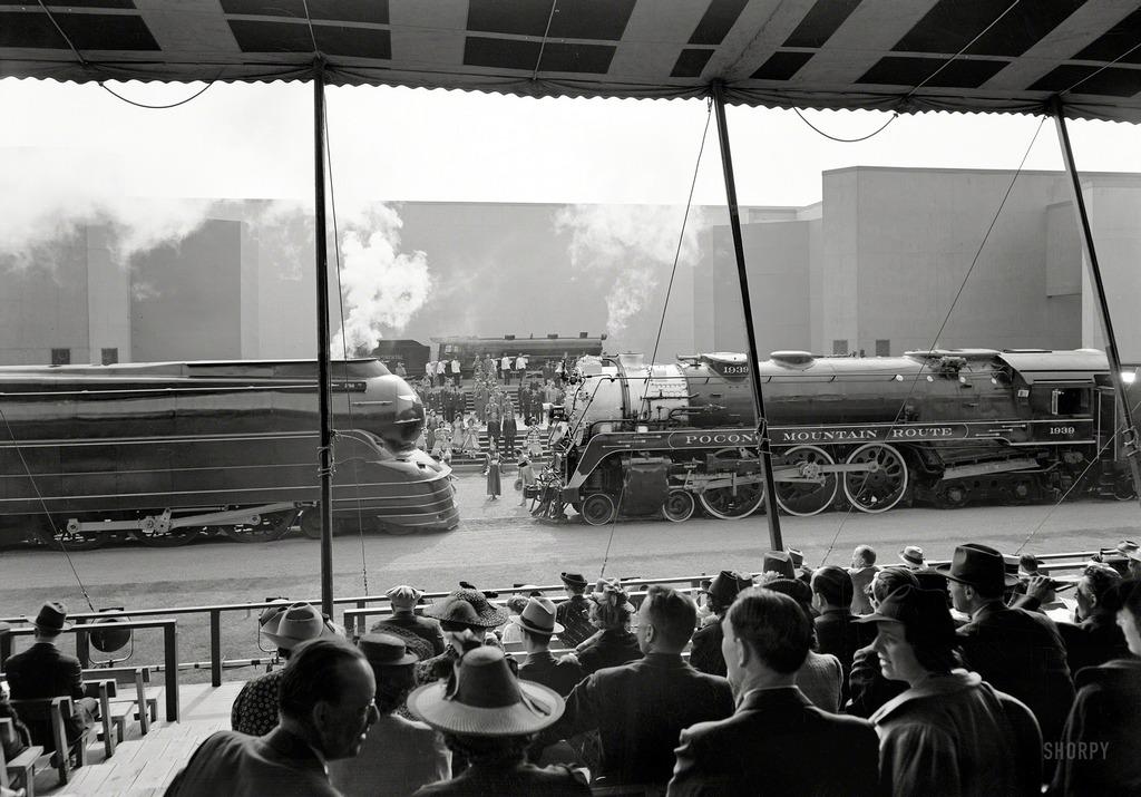 1939_new_york-i_vilagkiallitas_gozmodony-bemutatoja.jpg