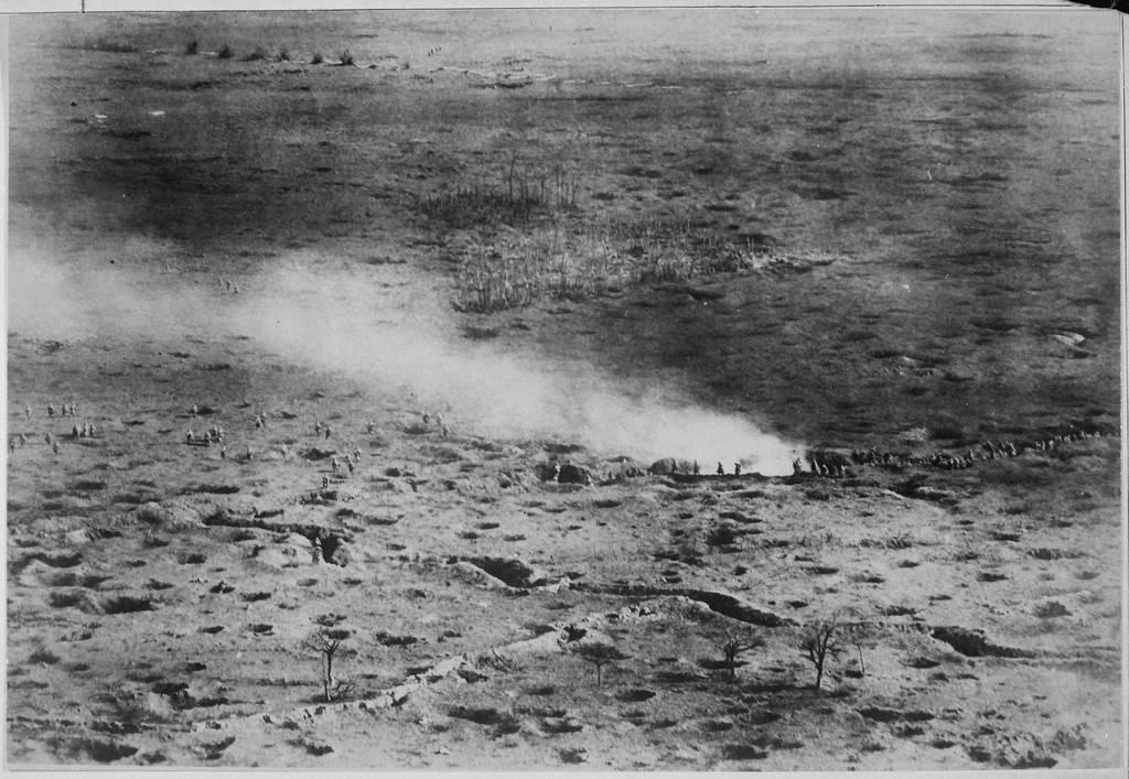 1916_somme-i_csata_szintere_egy_brit_holegballonbol.jpg