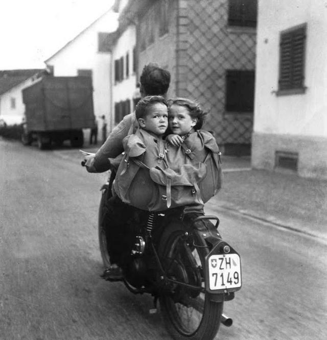 1950_svajc_gyerekules_helyett.jpeg