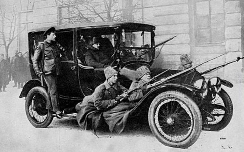 1917_az_orosz_kormany_kuldoncjarmuve.jpg