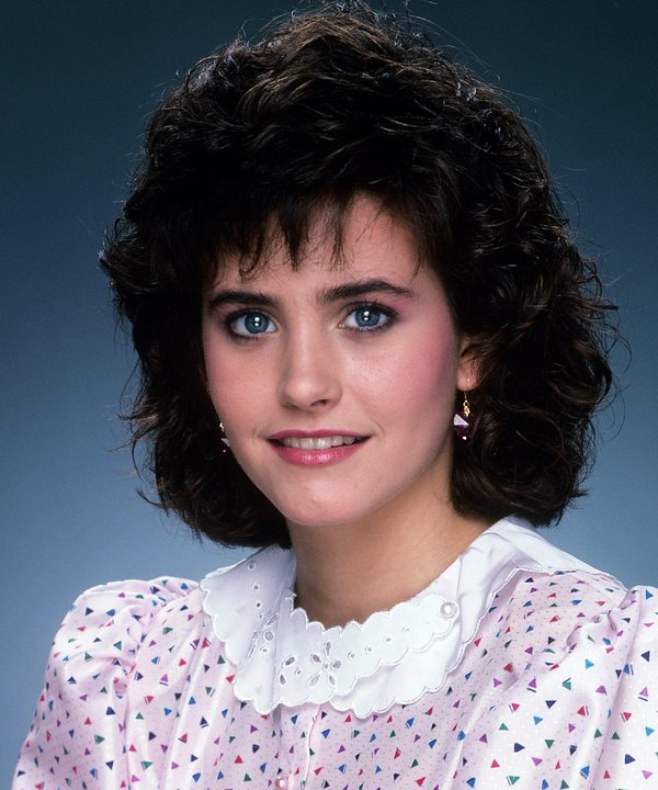 1983_a_19_eves_courteney_cox.jpg