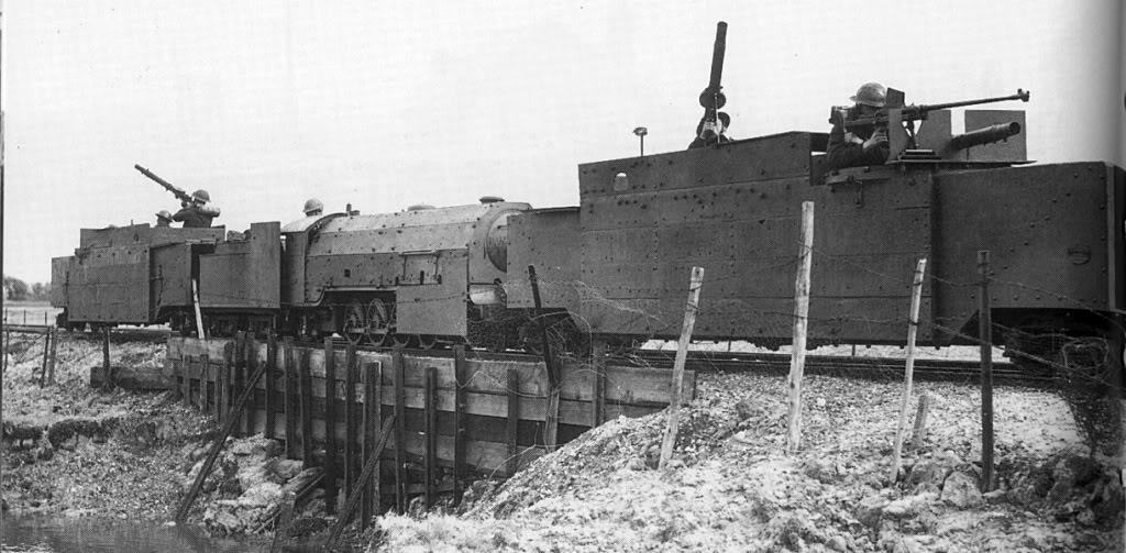 1942_brit_pancelvonat-jaror_a_del-angliai_dungeness-foknal_calais-val_szemben.jpg
