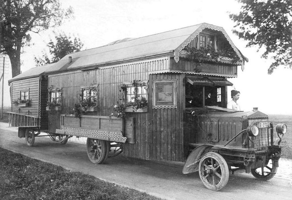 1922_korai_lakoauto_nemetorszagban.jpeg