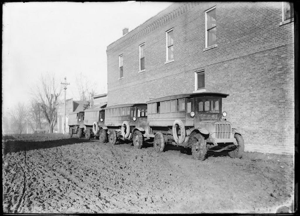 1918_iskolabuszok_iowaban.jpg