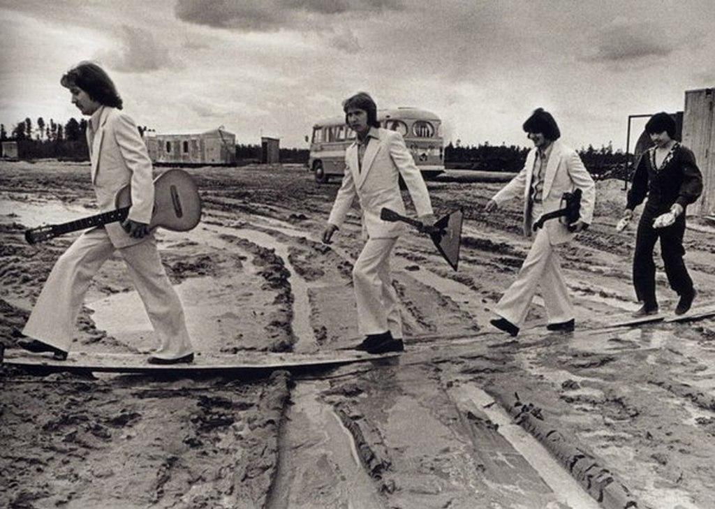1976_a_szovjet_abbey_road_zenekar_egy_szurguti_fellepesen.jpeg