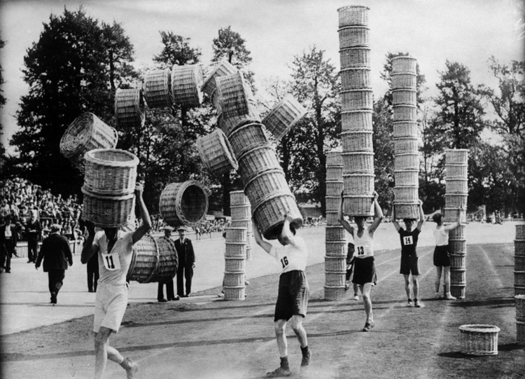 1937_hivatasos_hordarok_versenye_kosarakkal_londonban.jpeg