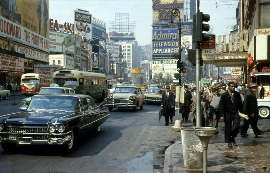 1960_time_square_new_york.jpg