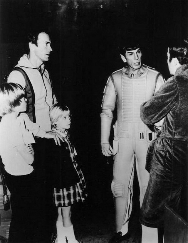 1979_clint_eastwood_with_his_kids_kyle_and_alison_visiting_leonard_nimoy_and_william_shatner_on_the_set_of_star_trek.jpg