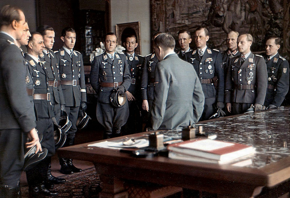 1944_luftwaffe_aces_meet_hitler_after_an_awards_ceremony_at_the_berghof.jpg