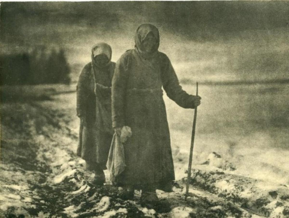 1910_vandorkoldusok_a_cari_oroszorszagban.jpeg