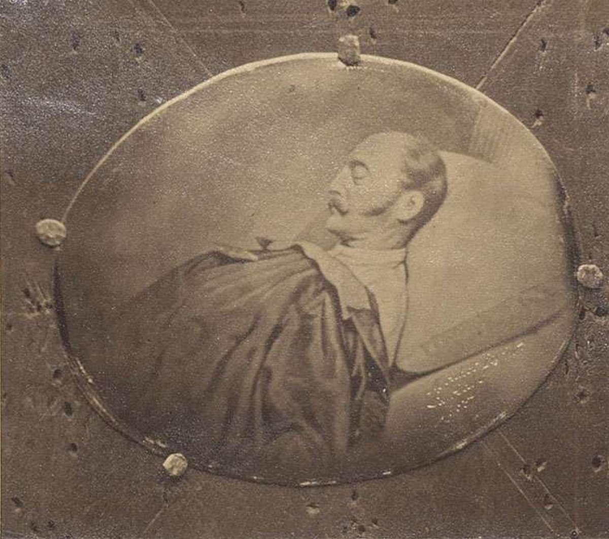 1855_i_miklos_car_a_halalos_agyan_nevehez_fuzodik_a_magyar_szabadsagtharc_leverese_cr.jpg