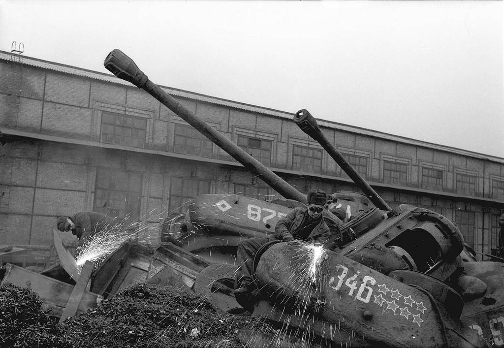 1960_hasznositasa_ip-2_tankok_zaporizzsja.jpeg