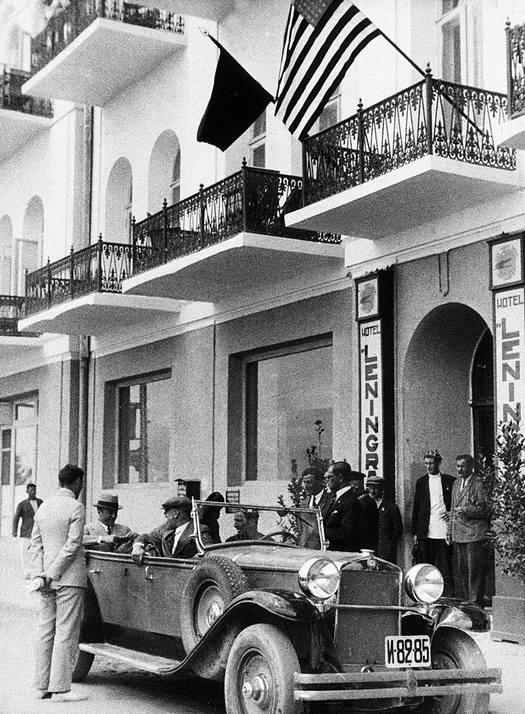 1934_az_elso_amerikai_nagykovet_a_szovjetunio_william_bullitt_a_szallodaban_leningrad_1934_jalta.jpeg