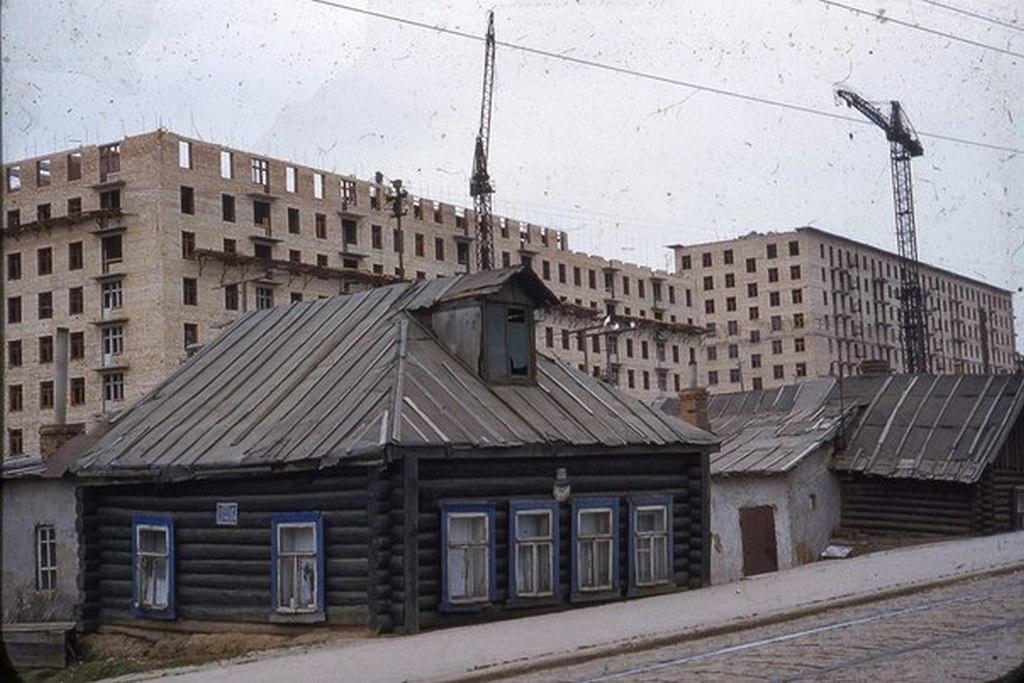 1960-as_evek_a_hruscsovi_lakasepitesi_idoszak.jpg