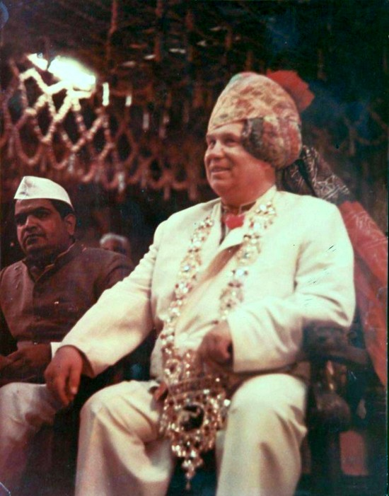 1956_hruscsov_szovjet_fotitkar_indiaban.jpg