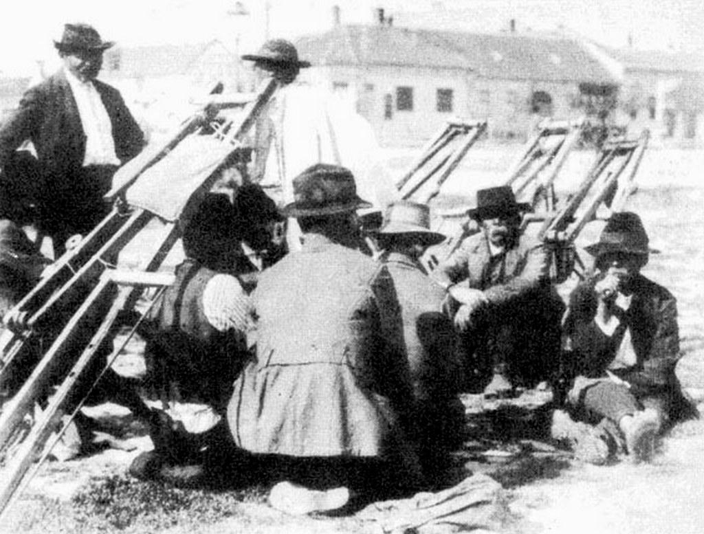 1930-as_evek_munkara_varo_napszamosok_debrecenben.jpg