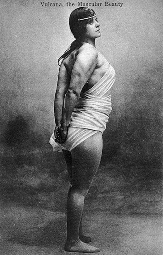 1905_vulcana_azaz_kate_roberts_ir_szarmazasu_welszi_testepitono.jpg