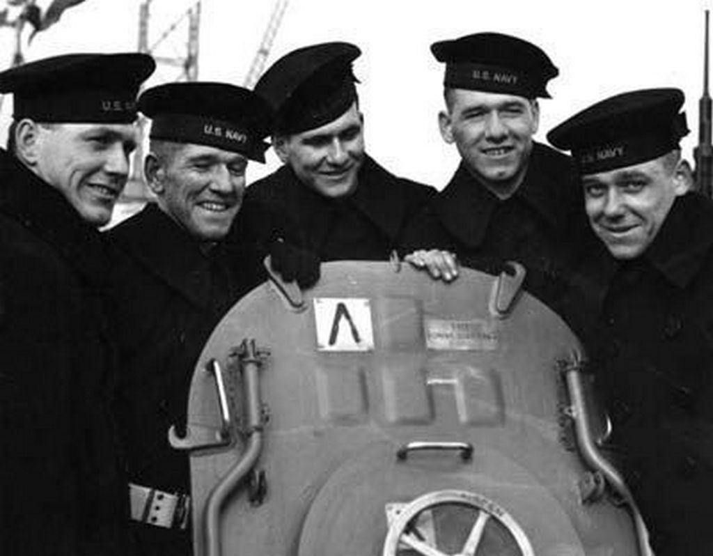 1942_the_sullivan_brothers_america_s_greatest_family_military_loss_all_five_brothers_cr.jpg