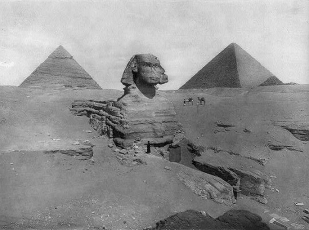 1893_the_sphinx_and_pyramids_at_giza_egypt.jpg