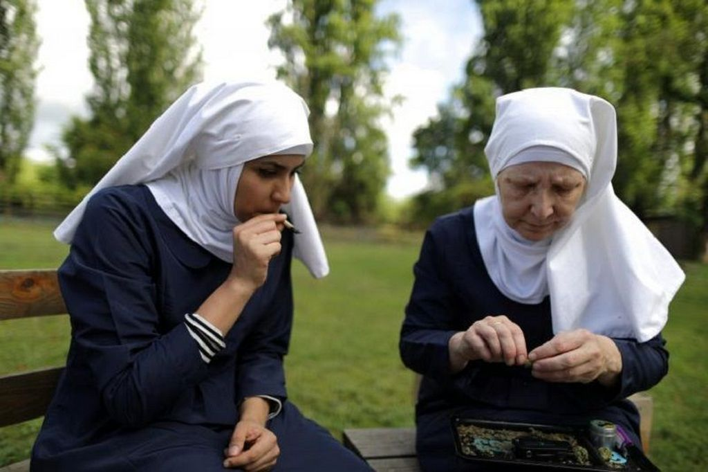1974_nuns_smoking_weed_california.jpg