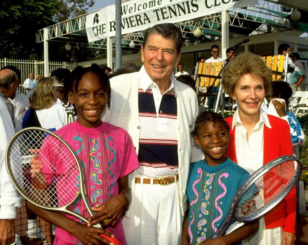 1990_serena_and_venus_williams_posing_for_a_picture_with_former_president_ronald_reagan_and_his_wife_nancy.jpg