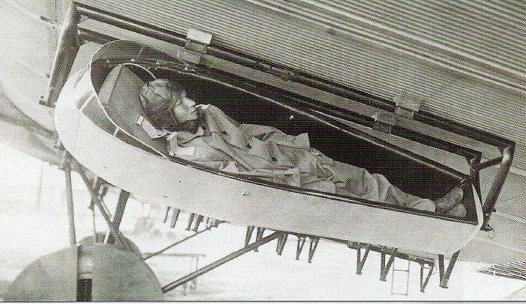1930-as_evek_szovjet_ejtoernyos.jpg